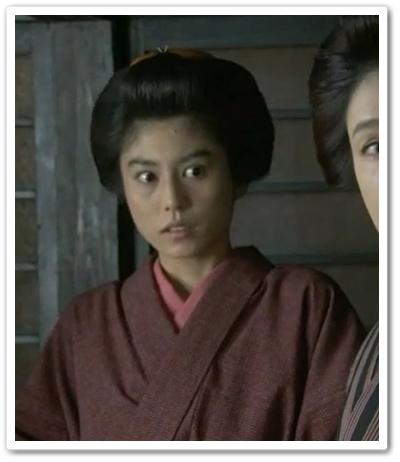 女中(芳野友美)「花子とアン」